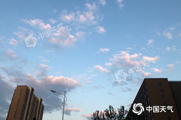 北京昨日阵风可达9级 周末再迎春雨
