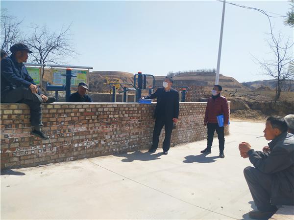 中国太保寿险榆林中支扶贫工作队奔赴申家沟村抗疫扶贫
