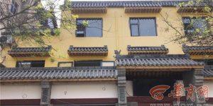 酒店装空调与南坊巷一居民楼相隔仅两米 市民担心