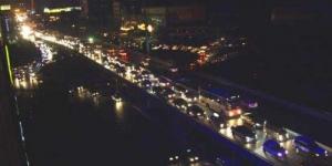 西安锦业一路电缆架桥起火致6000户用户停电 大部分已恢复