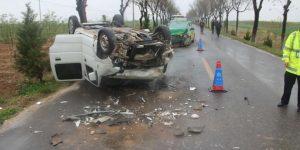 澄城县一司机未系安全带疲劳驾驶逆行撞伤出租车