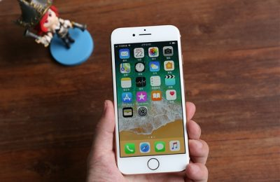 日本人疯抢iPhone SE!销量霸榜 碾压Android