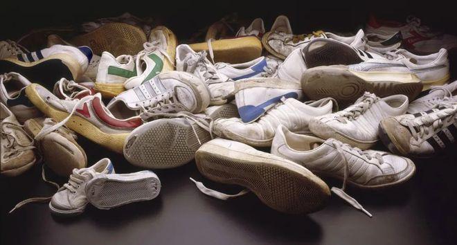国产球鞋暴涨31倍:1千5炒到4万8 谁在收智商税